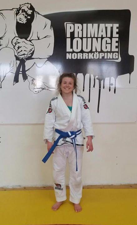 Stort grattis till Coach Karin som idag graderades till blåvitt bälte i BJJ. Kar…