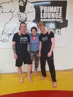 Stort grattis till Thomas och Aron som idag slutförde sin Thaiboxning/MMA Steg 1…
