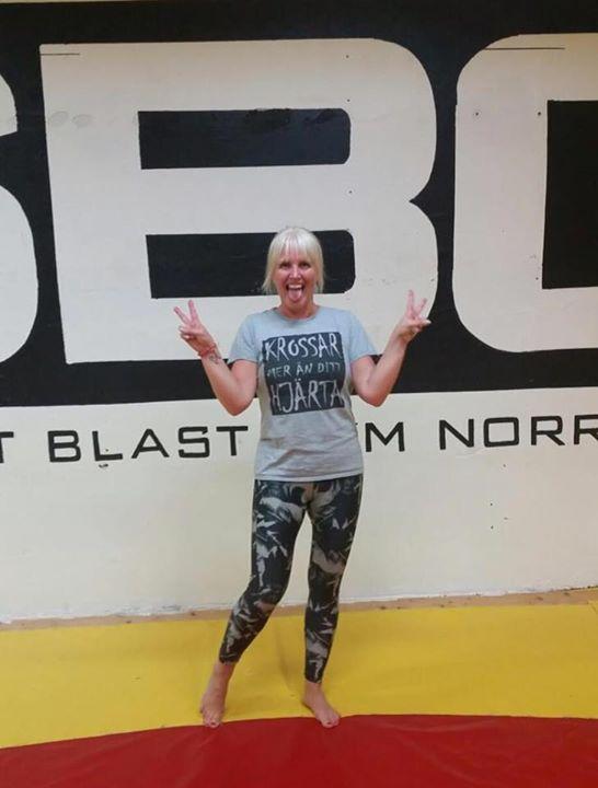 Stort grattis till Heidi Lindgren som i Onsdags slutförde sin BJJ Steg 1 kurs!  …