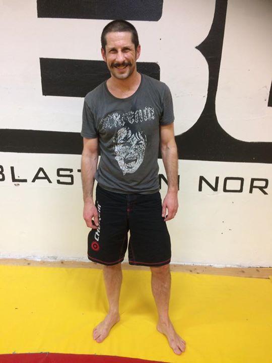 Stort grattis till vår Mattias Hörnqvist som idag slutförde sin BJJ Steg 1 kurs….