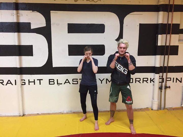 Stort grattis till vår Meagan Wyzenbeek som igår slutförde sin MMA/Thaiboxning S…