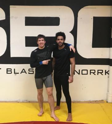 Stort grattis till vår Brendo Souza som idag slutförde sin MMA-Brottning Steg 2 …