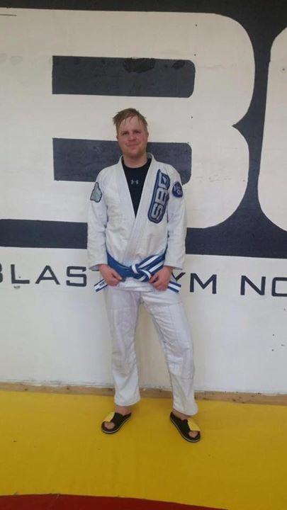 Stort grattis till Niklas Jonsson som i Söndags tilldelades sitt blåvita bälte i…