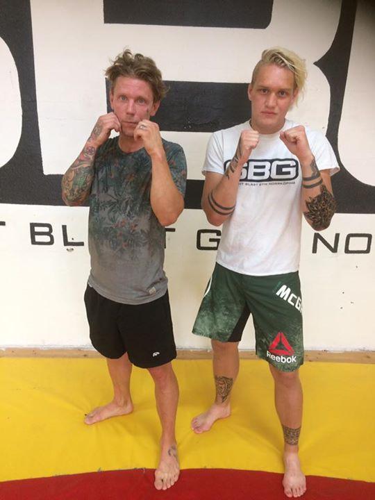 Stort grattis till Tobias Roos som avslutade sin MMA/Thaiboxning Steg 1 kurs i T…