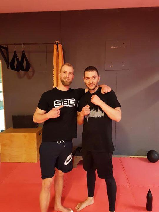Stort grattis till Yuriy Burkov som igår slutförde sin MMA/Thaiboxning Steg 1 ku…