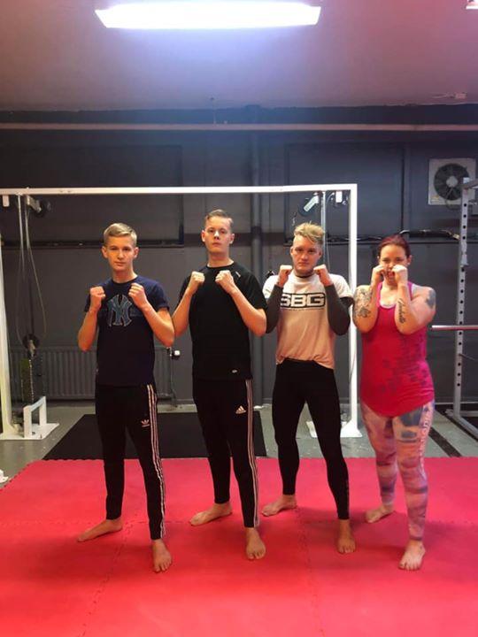 Stort grattis till Elvis, Kewin och Maria som alla tre slutförde sin MMA/Thaibox…