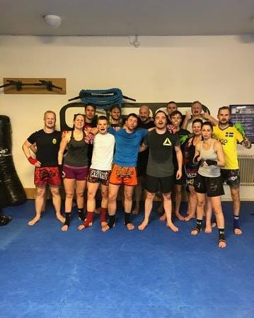 Torsdagens Thaiboxning Steg 3 bestod av detta härliga gäng fighters!  Det är ett…